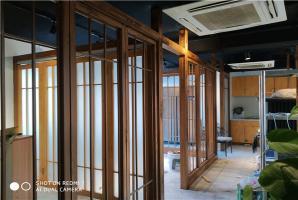火(huo)鍋店內鋼結構專業(ye)的(de)木紋漆施工廠家